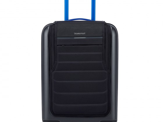 bluesmart-one-front-view
