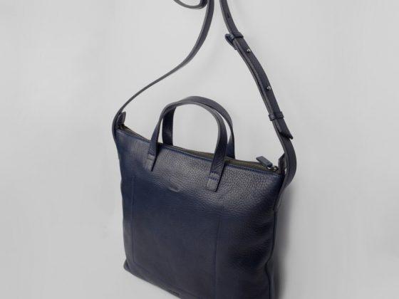 Med Bag Azul Navy (detalle)