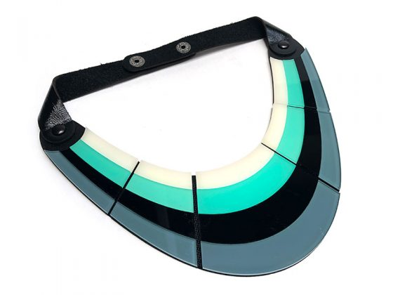 inv20-boomerang-collar-negro-800