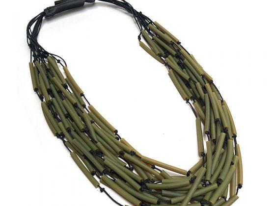inv20-nido-collar-verde-800