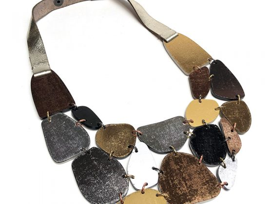inv20-piedra-collar-metal-800