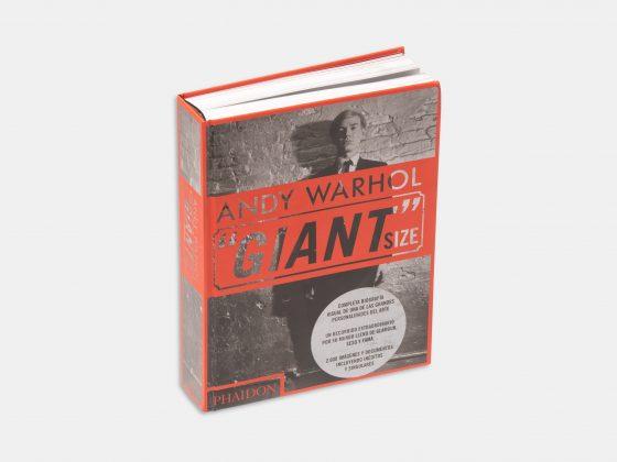 """Libro Andy Warhol """"Giant"""" Size en Tienda Malba"""