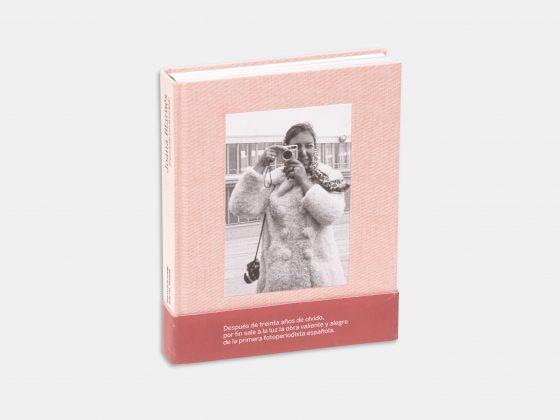 Libro Joana Biarnés. Disparando con el corazón en Tienda Malba